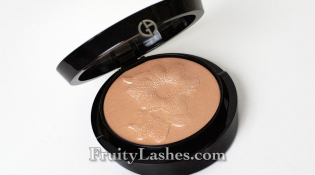 Giorgio Armani Spring 2014 Highlighting Palette Belladonna Swatch Review
