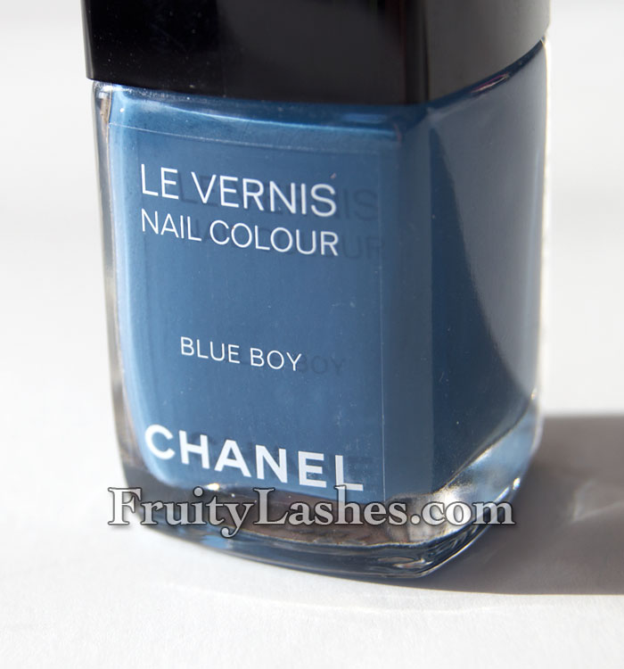 Les Jeans De Chanel Fashion S Night Out Nail Polish Blue Boy Swatch And Review Fruity Lashes