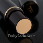 Tom Ford Traceless Foundation Stick 02 Pale Dune