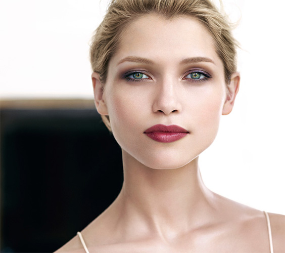 Clarins-Spring-2013-Model