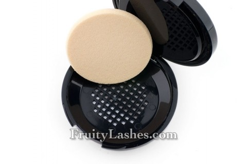 Make Up For Ever Pro Finish Multi-Use Powder Foundation Sponge