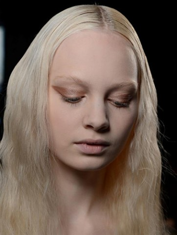 NARS-AW13-Creatures-of-the-Wind-beauty-look-1A