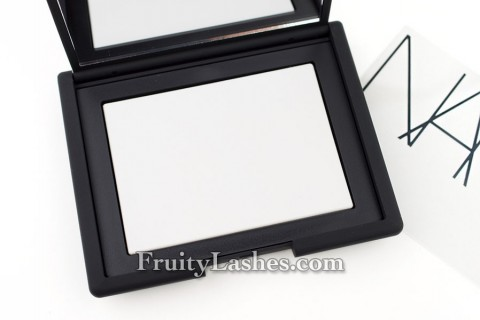 Nars Light Reflecting Powder Pressed Translucent Crystal