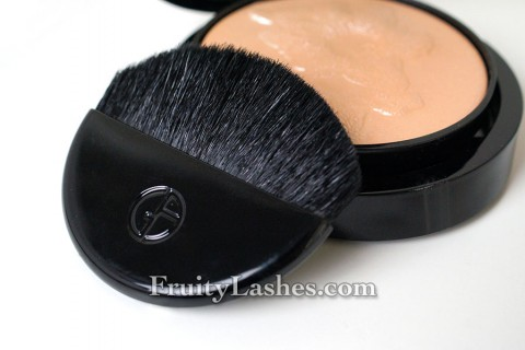 Giorgio Armani Highlighting Palette Brush